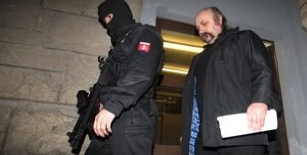 Petícia proti zrušeniu obvinenia Mikuláša Varehu